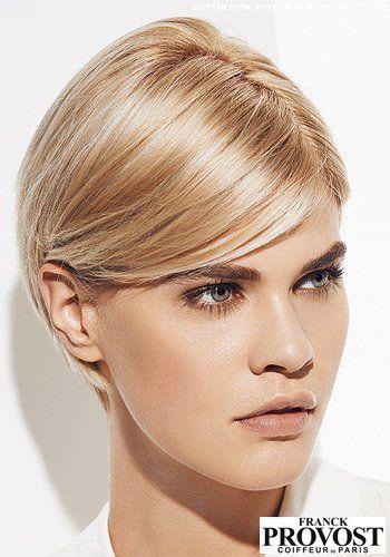 Frisuren Bilder Superkurzer Bob Schmal Hinters Ohr Gestylt Frisuren Haare In 2020 Frisuren Bilder Haarschonheit Haare