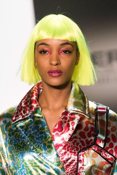Jeremy Scott, Fall 2018 - The Most Dazzling Hair and Beauty Details From NYFW Fall 2018 - Photos