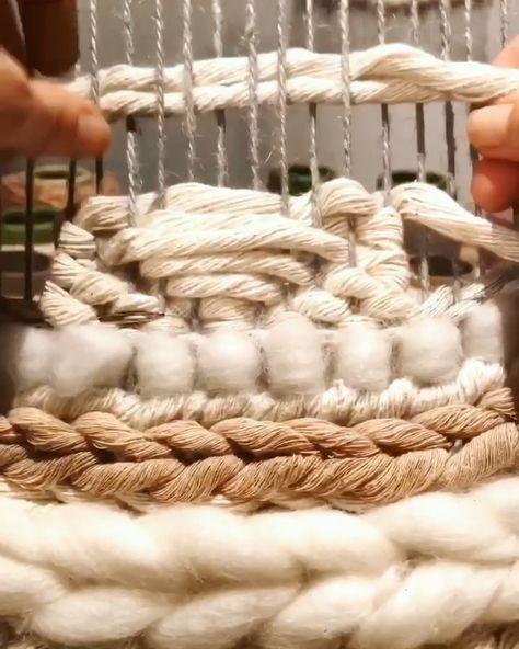 Super easy weaving pattern