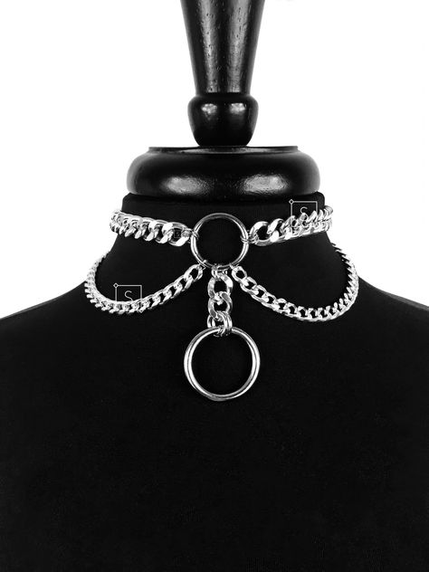 Grunge Jewelry, Goth Jewelry, Jewelry Art, Choker Diy, Choker Necklaces, Pendant Necklace, Choker Jewelry, Jewellery, Steampunk Necklace
