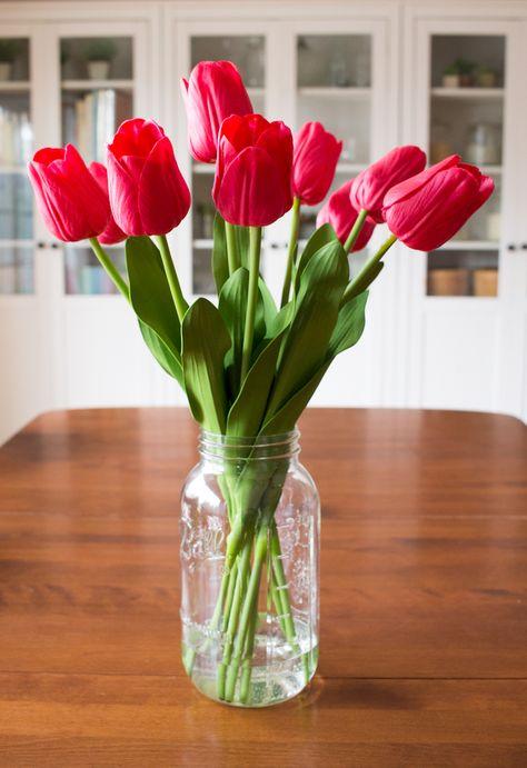 Diy Faux Tulip Arrangement For Spring Tulips Arrangement Flower Arrangements Diy Faux Flower Arrangements