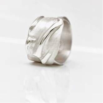 Uitgelezene Zilveren ringen: originele, handgemaakte ringen en sieraden in LZ-69