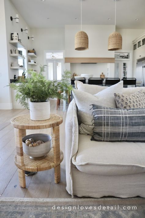 Studio McGee + Target Collection: My favorites with styling ideas! Decor, Family Living Rooms, Pottery Barn Living Room, Studio Mcgee, Barn Living, Pottery Barn Decor, Havenly Living Room, Living Room Coffee Table, Target Inspired Home Decor