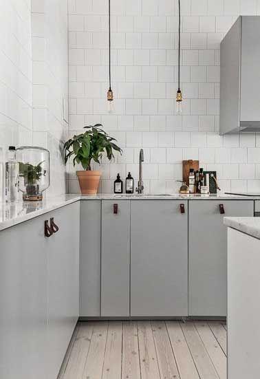 Quelle Couleur Mettre Avec Une Cuisine Grise Cuisines Grises - Carrelage marbre cuisine pour idees de deco de cuisine