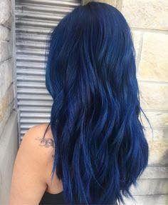 Color pelo azul