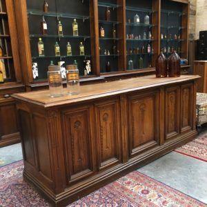 Ancien Comptoir De Pharmacie Debut Xxeme Pharmacie Repeindre Meuble Ancien Comptoir