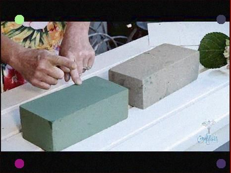 Flowers And Floristry Tutorial How To Use Floral Foam Youtube In 2020 Floral Foam Dry Floral Foam Floral Arrangements Diy