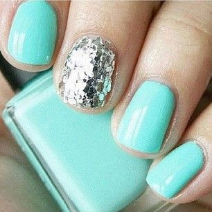 #nails #fingernails #sparkle #nailpolish #opi #glitter #green #turquoise #mint #pretty #tiffany