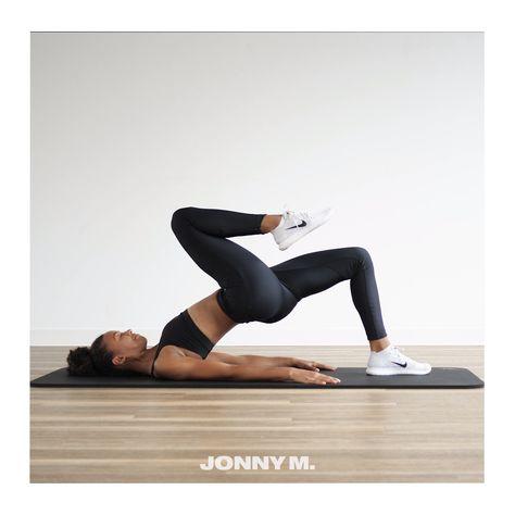 Versuche in jeder dieser Übungen gezielt deinen großen Po-Muskel anzusprechen. Spanne aktiv Po, unteren Rücken, Bauch und Oberschenkel an und bleibe mit deinen Gedanken bei der korrekten Ausführung der Übungen, um die besten Erfolge zu erzielen.  30 Sek. Belastung 10 Sek. Pause 4-8 Wiederholungen    #booty #poübung #glutaeusmaximus #fitness #sport #gesundheit #fitnessmodel