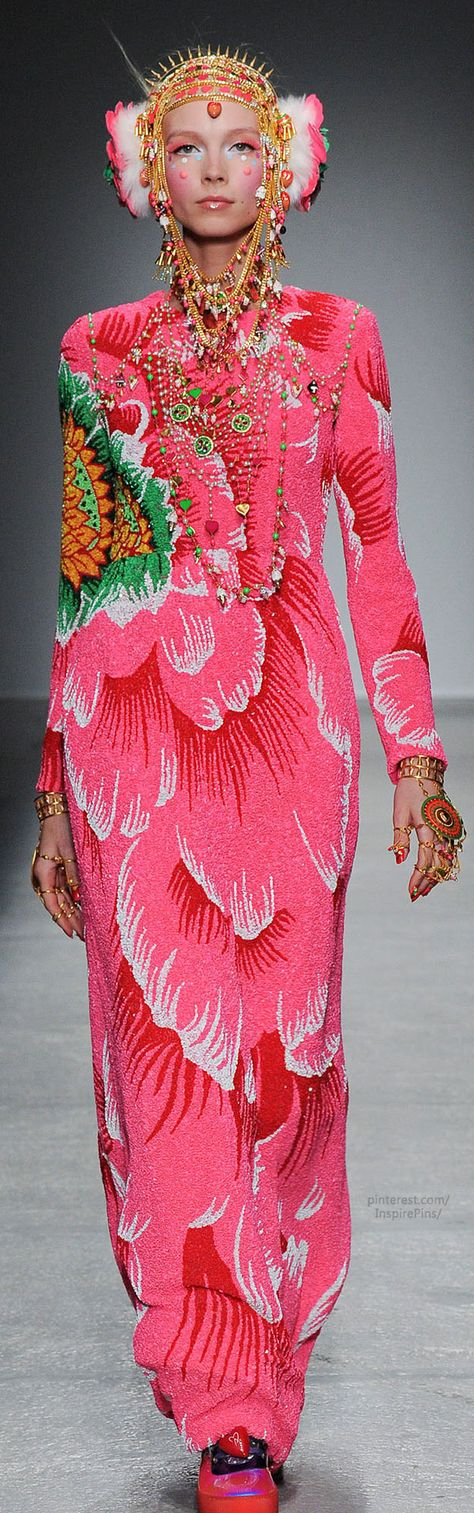 Fall 2014 Ready-to-Wear Manish Arora - Whoa folkloric! Look at the texture of this enlarged- it's like bubbled crepe or silk. Amazing.