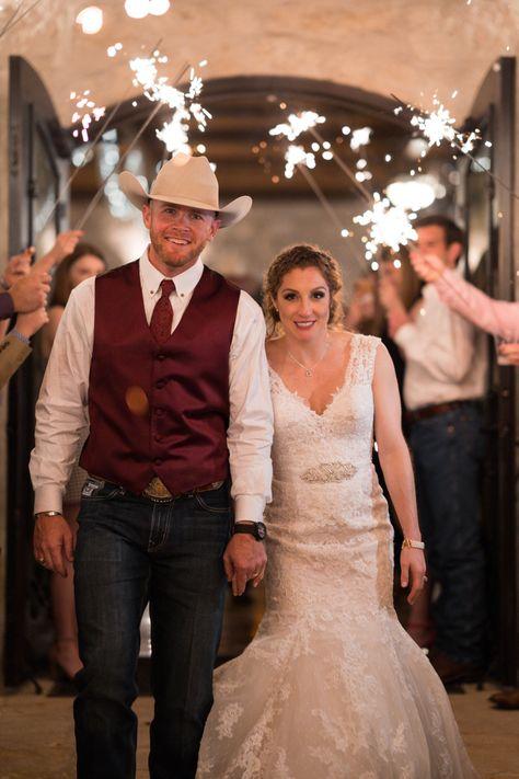 cowboy wedding 10.jpg