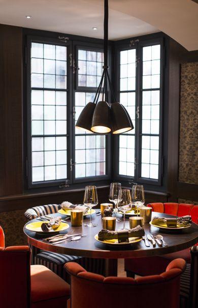 Widder Bar Kitchen Exclusive Bar Restaurant In Zurich Old Town Interior Design Kitchen Home Decor Kitchen Kitchen Remodel