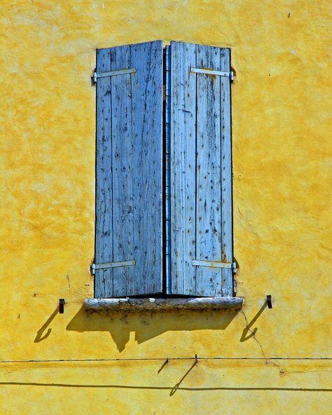 another blue window  in Mantova, Italia;