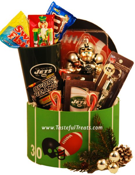 Score a touchdown with this new york jets christmas gift basket score a touchdown with this new york jets christmas gift basket gifts for new york jets fans pinterest scores negle Gallery