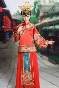 Abiti Da Sposa Cinesi.L Abito Da Sposa Nei Matrimoni A Tema Con Immagini Abiti
