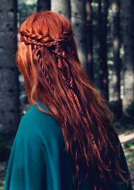 12 Frisur Mit Zopfen Fur Langes Haar Feen Frisuren Mittelalterliche Frisuren Haare Rot Farben