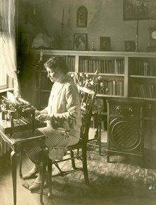 Summary Helen Keller The Little Deaf And Blind Girl Was