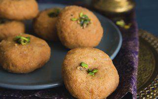 #BaluShahi #Sweets #Desserts #Mithai #IndianSweets #IndianDesserts #IndianMithai #24CaratsSweets #OnlineDelivery #DeliveryInIndia #DeliveryInSurat #OrderOnline #DesiGhee #Ghee