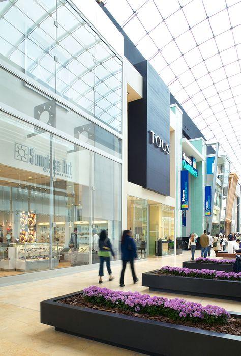 Urban streetscape setting with 2-storey storefronts (Yorkdale - mega küchenmarkt stuttgart