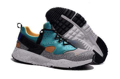 brand new 8cf49 2db22 2018 Genuine Nike Air Huarache Utility 3M Safari Silver Hyper Jade Black  White