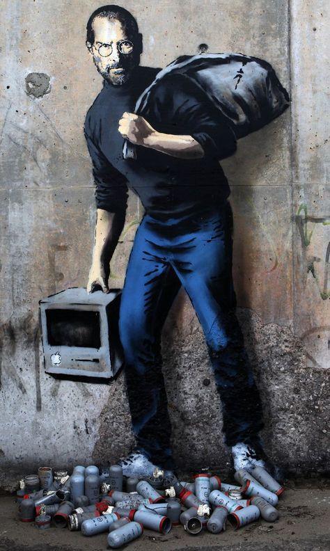 L'un des plus grands artistes de street art, l'un des plus cotés et l'un des plus secrets, le Britannique Banksy a réalisé trois oeuvres...