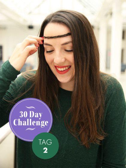 30 Day Challenge Neuer Tag, neue Frisur. Jeden Tag ein anderes Styling ist die Challenge unserer Redakteurin Bianka. Am zweiten Tag gab's einen süßen Hippie-Look mit Haarband; perfekt für die anstehende Festival-Saison.