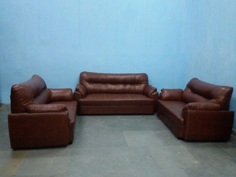 For Sale 7 Seater Leather Sofa 3 2 2 Seating Option For More Information Please Visit Http Usedfurnitu Leather Sofa Second Hand Sofas Used Furniture For Sale