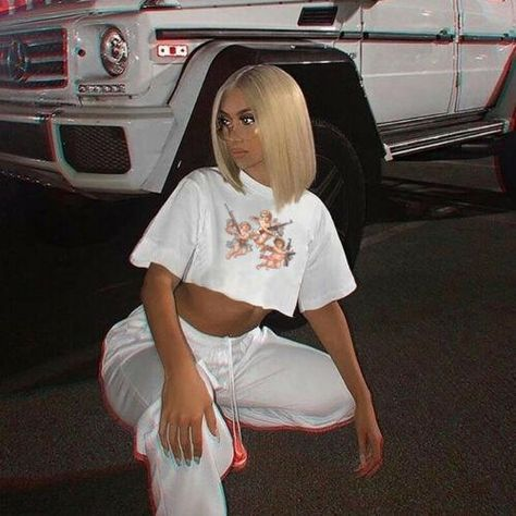 Trendy Outfits, Cute Outfits, Girl Outfits, Cropped Cami, Crop Tee, Instagram Baddie Outfit, Streetwear, Poses, Short Tops