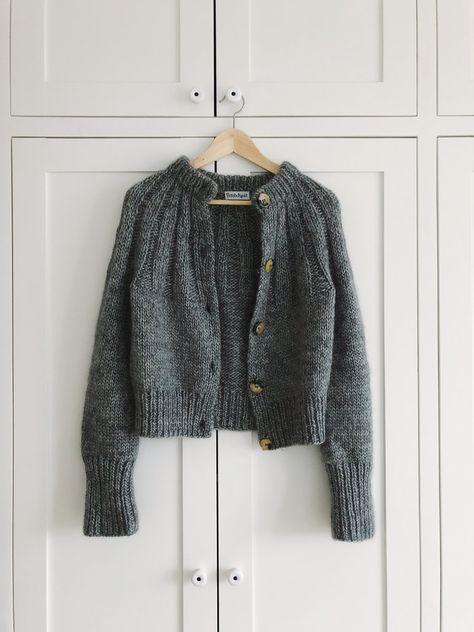 Ravelry: Sunday Cardigan pattern by PetiteKnit
