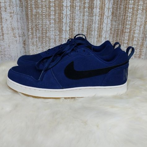 more photos f452f 89043 Nike Court Borough Low Premium Basketball Shoe Men s Nike Court Borough Low  Premium Shoe sets you up with heritage-inspired basketball style made for  the ...