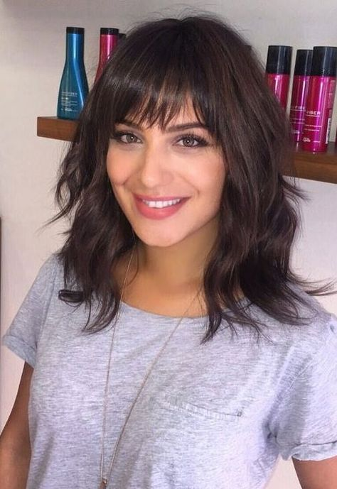 This article contains few hairstyle ideas for women with all face structure to m... ,