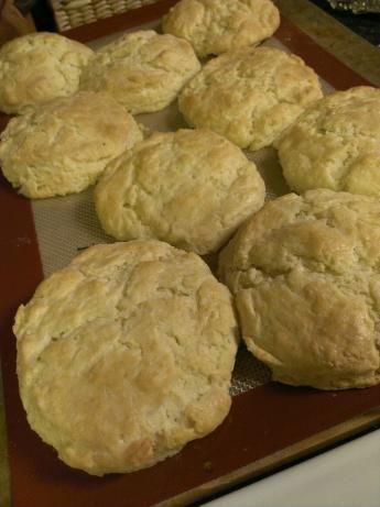 Bisquick Sour Cream Biscuits Recipe Food Com Recipe Sour Cream Biscuits Biscuit Recipe Bisquick Recipes