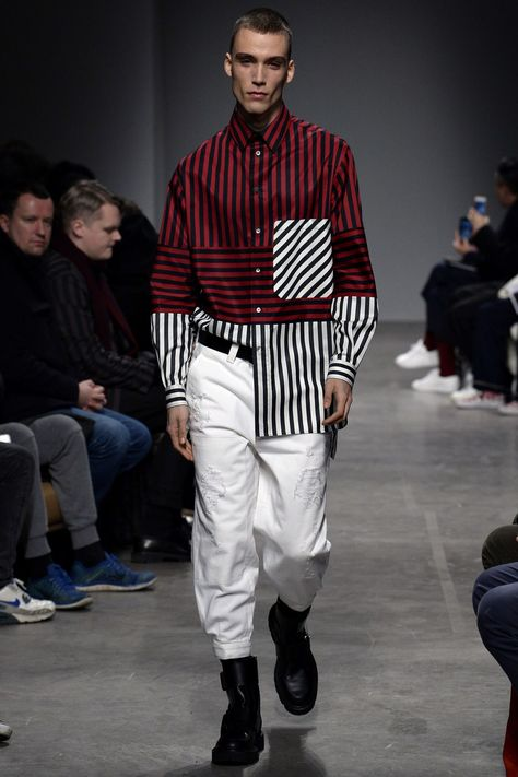 Ports 1961 Fall 2017 Menswear collection, runway looks, beauty, models, and reviews.