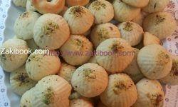 معمول بالحليب المكثف المحلى زاكي Arabic Food Food Fruit