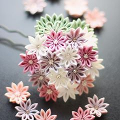 Pin By Lin San On つまみ細工 In 2020 Kanzashi Flowers Kanzashi