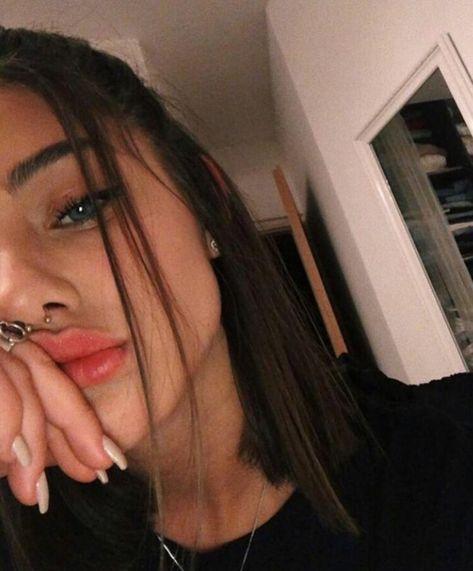 Girls selfie hot Teen Selfies