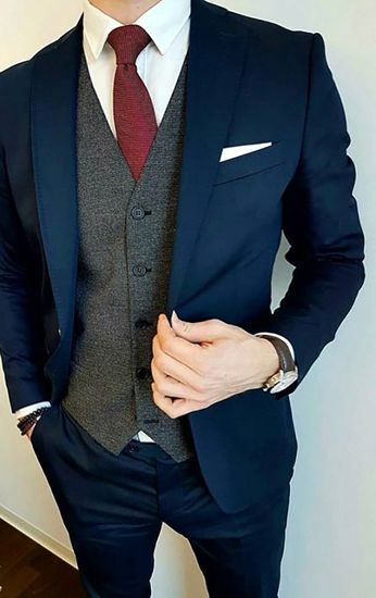 Navy three-piece suit with grey waistcoat - Groomsmen attire - Blue Suit Wedding, Wedding Men, Wedding Attire, Wedding Ideas, Mens Fashion Suits, Mens Suits, Suits Women, Grey Suit Men, Navy Suit Grey Waistcoat