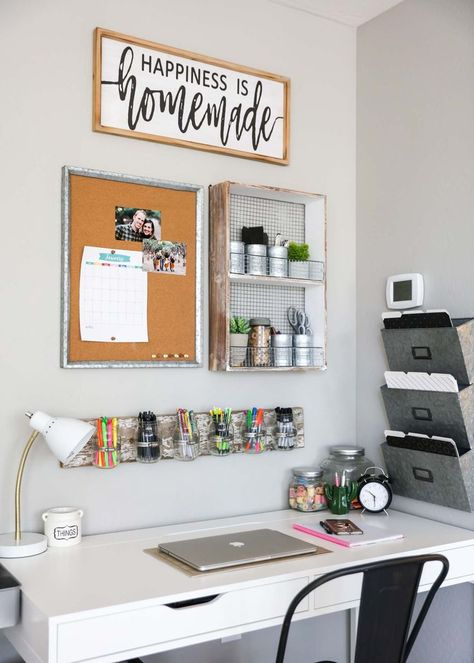 Office organization does not have to be hard or take a ton of time. Use these quick tips and tricks to help you get your home office in order to allow for more productivity. office decor diy Office Organization Ideas, Tips and Tricks Study Room Decor, Cute Room Decor, Room Decor Bedroom, Study Rooms, Study Areas, Study Space, Home Office Space, Home Office Design, Home Office Decor