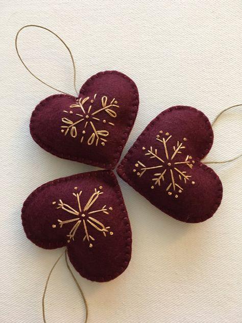 Snowflakes Felt Ornaments Set of 3 by GeorgeNRuby on Etsy Felt Christmas Decorations, Christmas Ornament Crafts, Noel Christmas, Felt Ornaments, Homemade Christmas, Holiday Crafts, Etsy Christmas, Christmas Embroidery, Felt Hearts