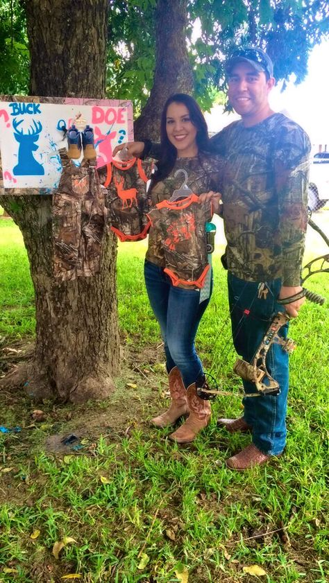 Camo themed gender reveal!