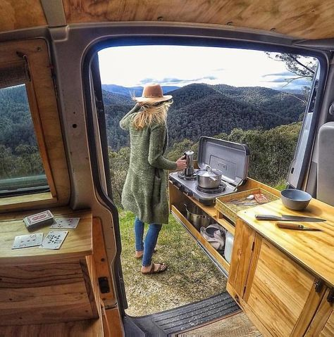 Wondering How To Prepare For A Camping Trip? Start Here! - Useful Camping Tips and Guide Bus Camper, Camper Life, Van Camping, Camping Jokes, Van Life, Kombi Trailer, Kangoo Camper, Sprinter Camper, Bus Living