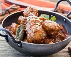 Poulet vindaloo : http://www.cuisineaz.com/recettes/poulet-vindaloo-79492.aspx