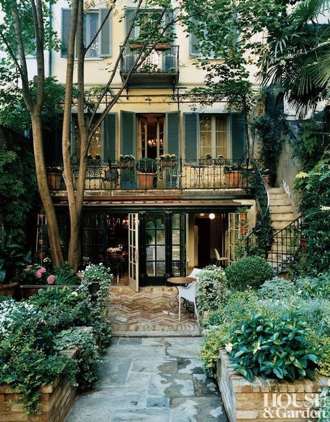 152 most popular modern dream house exterior design ideas – page 12 Future House, Architectural Digest, Exterior Design, Interior And Exterior, Country Interior, Exterior Windows, Italian Interior Design, Stucco Exterior, Building Exterior