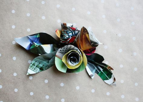 magazine-rolled-flowers