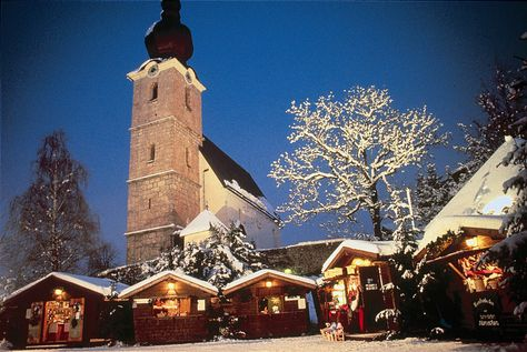 Adventmarket St Leonhard Salzburg Austria One Of The Most Famous And Popular Events Within The Framework Of The Salzburg Adve Sankt
