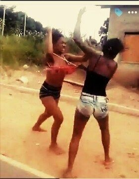 Two Girls Spotted On Camera Fighting Hard Over A Guy As Shared By
