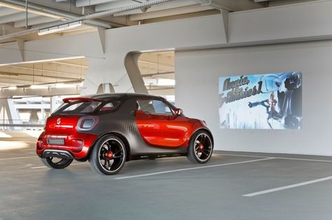 Smart forstars EV concept has movie projector built-in the grill, create your own drive-in movie!