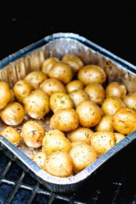 Crispy Creamer Potatoes That Are Seasoned And Smoked On A Pellet Grill These Seasoned Potatoes On Smoker Smoked Potatoes Smoked Food Recipes Seasoned Potatoes