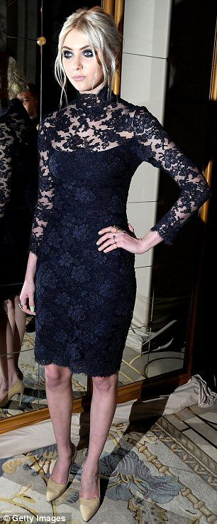 Taylor gaves the lace number a gothic twist