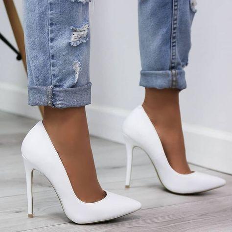 Bild in der Shoes / Chaussures-Kollektion von Mouna DramaQueen ,  #chaussures #dramaqueen #kollektion #mouna #shoes
